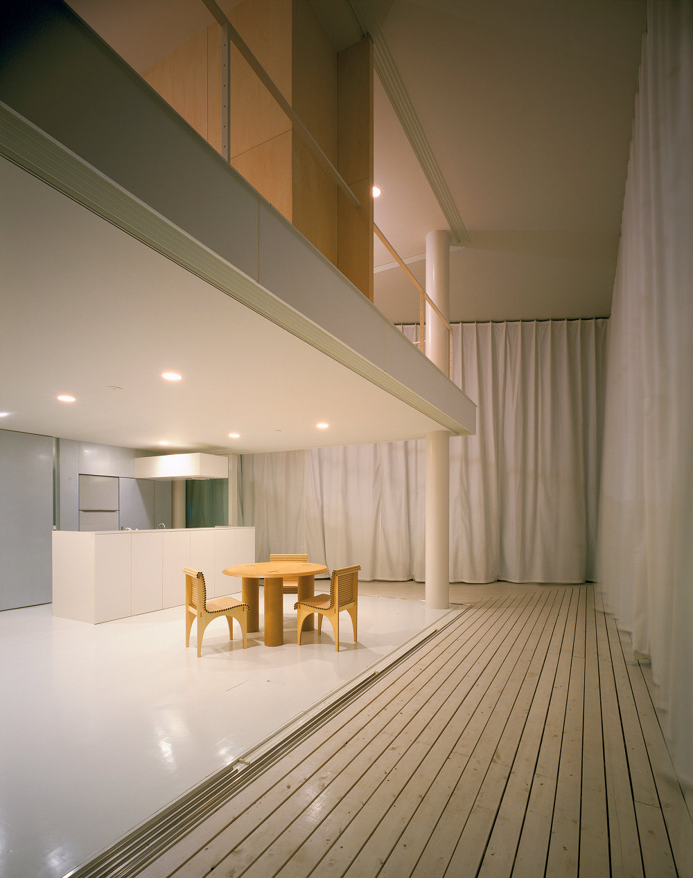 Shigeru-Ban-Curtain-Wall-House-02 Pritzker 2014